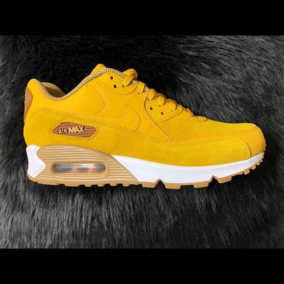 Women air max 90 SE mineral yellow